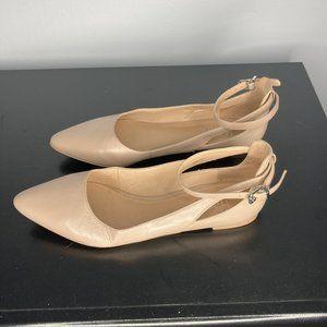 CUTE Nude Franco Sarto Flat w/Ankle Strap Size 7